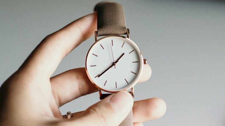 Unikatowy zegarek damski